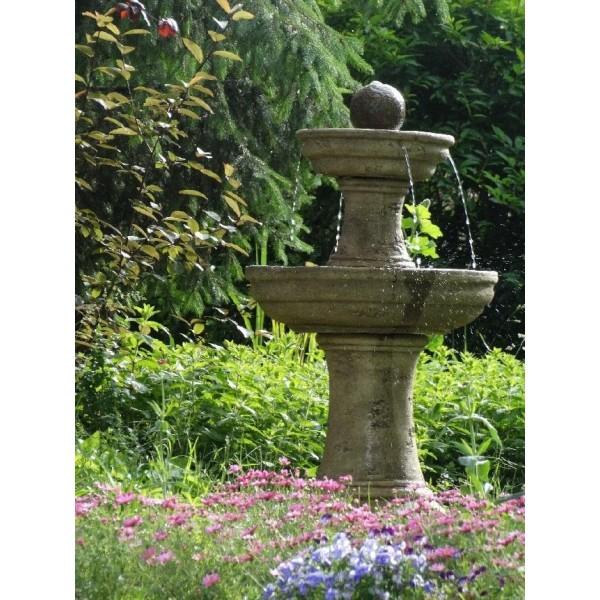 Fontána kamenná stará