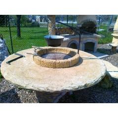 Grilovací stůl kamenný