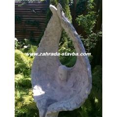 Anděl s křídly - lampa do zahrady