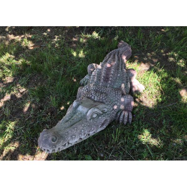 Krokodýl zahradní dekorace