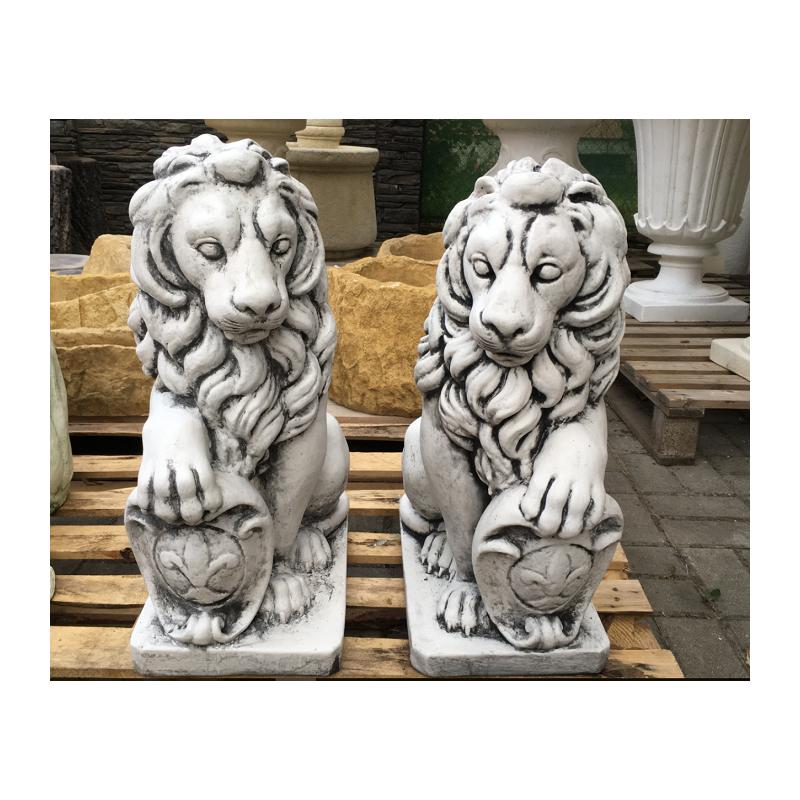Zahradní socha Lev malý s patinou