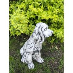 Pes Kokr  kamenná socha