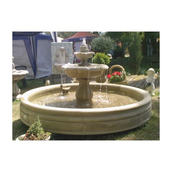 Zahradní fontána leknín s kašnou